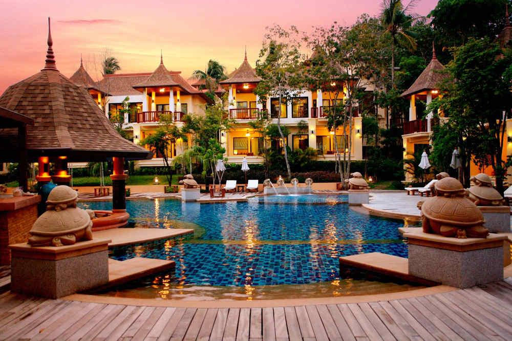 Crown Lanta Resort in Koh Lanta