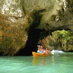 Kayaking in Höhlen